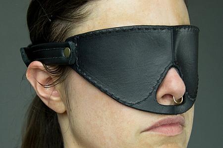 DS BDSM 玩具(14) 毛皮眼罩