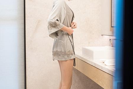 [IMISS爱蜜社]Vol.510_嫩模九月生心愿旅拍轻薄精致睡衣露性感内衣迷人诱惑写真44P