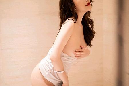 XiuRen第2717期_女神绯月樱-Cherry浴室白色吊带半脱露开档肉丝裤袜湿身诱惑写真87P