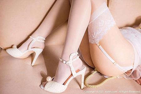XiuRen第2746期_嫩模还是陈梵妮绳艺捆绑新娘主题白色吊带蕾丝袜撩人诱惑写真56P