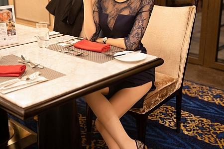 XiuRen第2788期_嫩模陈小喵居家女友约会日记主题肉丝裤袜秀缕空蕾丝内裤诱惑写真83P