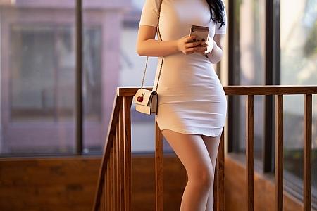 [XiaoYu画语界]Vol.446_女神绯月樱-Cherry西双版纳旅拍真空内衣半撩露豪乳诱惑写真91P