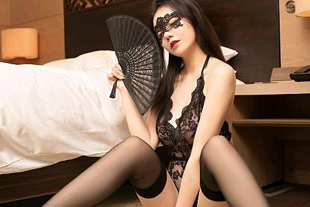 XiuRen第3007期_嫩模安然Maleah黑色情趣内衣主题镂空秀凹凸别致身材诱惑写真65P