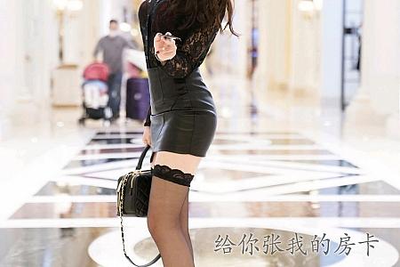 XiuRen第3011期_嫩模芝芝Booty私房浴室剧情主题性感内衣配黑色蕾丝袜诱惑写真108P