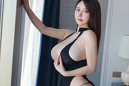XiuRen第3037期_童颜巨乳奶油妹妹私房床上开胸内衣秀完美身材豪乳诱惑写真31P