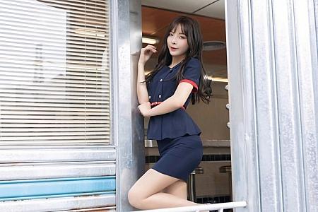 XiuRen第3056期_嫩模陈小喵三亚旅拍角色扮演主题脱制服露粉色内衣撩人诱惑写真66P
