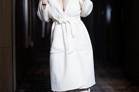 XiuRen第3121期_嫩模奶油妹妹精致镂空情趣内衣配蕾丝袜秀童颜巨乳极致诱惑写真45P