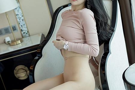 [IMISS爱蜜社]Vol.564_女神Angela小热巴私房脱粉色连身裙露性感内衣撩人诱惑写真63P
