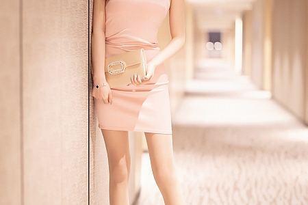 [XiaoYu画语界]Vol.497_女神杨晨晨sugar成都旅拍私房粉色吊裙配开档肉丝极致诱惑写真76P