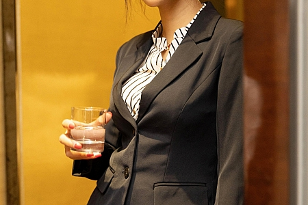 XiuRen第3269期_女神Emily顾奈奈&周于希Sandy演绎师生剧情性感JK制服诱惑写真88P