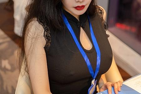 XiuRen第3294期_女神心妍小公主秘书剧情主题私房无内黑丝裤袜秀翘臀诱惑写真63P