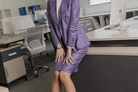 [IMISS爱蜜社]Vol.578_女神Angela00办公室制服主题半脱露性感内衣肉丝裤袜诱惑写真56P