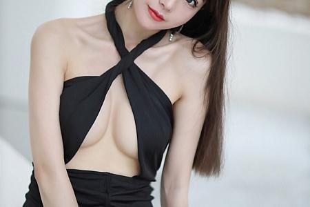 XiuRen第3487期_嫩模佘贝拉bella西双版纳旅拍黑色典雅真空连衣裙完美诱惑写真76P