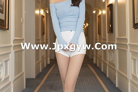 XiuRen第3549期_嫩模唐安琪澳门旅拍性感白短裤配肉丝裤袜露翘臀诱惑写真86P