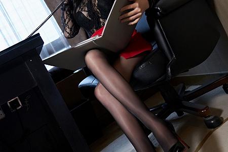 XiuRen第3594期_女神周于希Sandy私房缕空服饰配闪亮开档黑丝极致诱惑写真62P