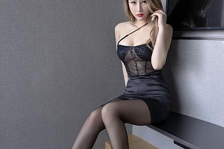 XiuRen第3607期_模特张欣欣私房半透吊裙配超薄无内黑丝秀翘臀美腿诱惑写真73P