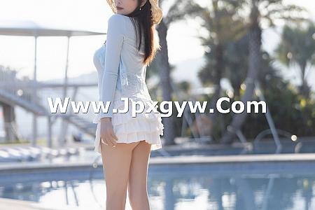 [XiaoYu画语界]Vol.562_女神杨晨晨sugar海边沙滩性感低胸服饰配超短裙完美诱惑写真99P