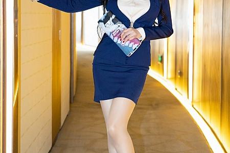 XiuRen第3774期_模特田冰冰三亚旅拍眼镜OL主题半脱露连体情趣内衣诱惑写真78P